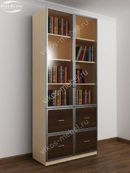 Двухдверный книжный шкаф со стеклянными дверями с ящиками цвета беленый дуб - венге