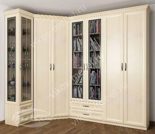 Широкий платяной шкаф угловой с распашными дверями в гостиную с витражом цвета молочный беленый дуб