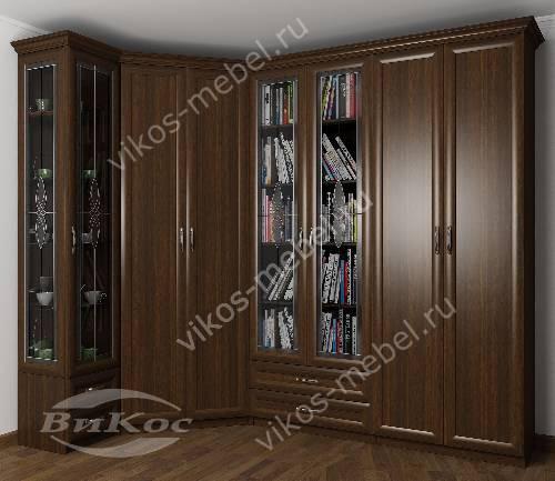 Широкий платяной шкаф угловой с распашными дверями в гостиную с витражом цвета венге
