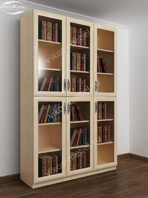 3-дверный шкаф для книг цвета молочный беленый дуб