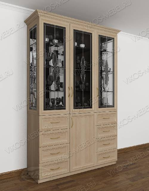Шкаф-витрина классика со стеклом сбоку с витражом цвета шимо светлый