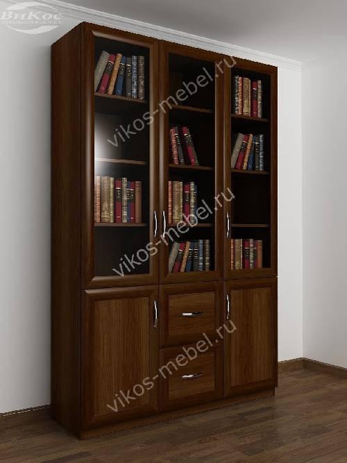Трехдверный книжный шкаф со стеклянными дверями цвета яблоня