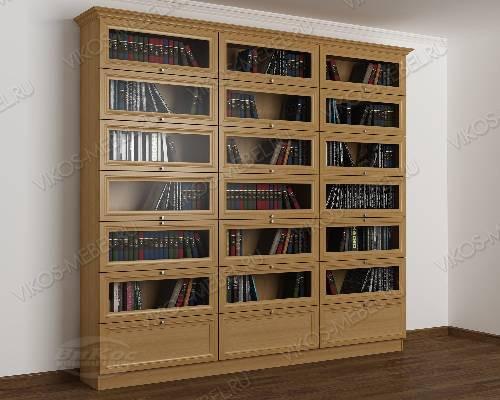 Трехстворчатый книжный шкаф со стеклянными дверями библиотека цвета бук
