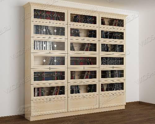 Трехстворчатый книжный шкаф со стеклянными дверями библиотека c витражным стеклом цвета молочный беленый дуб