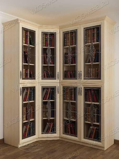 Четырехстворчатый угловой шкаф угловой c витражным стеклом для книг цвета молочный беленый дуб