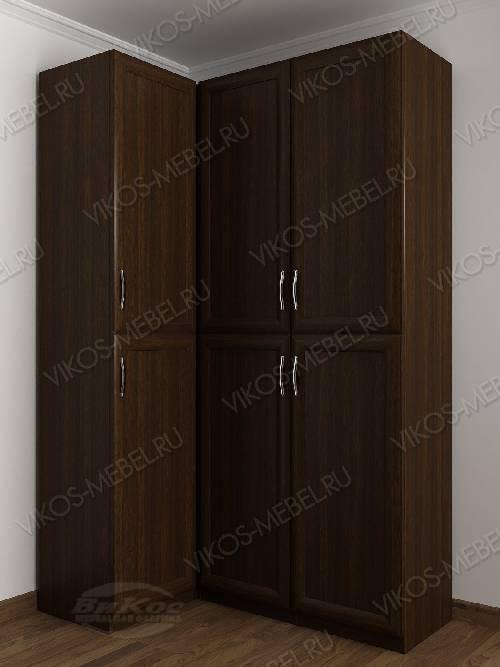 Трехстворчатый распашной угловой шкаф в спальню цвета венге