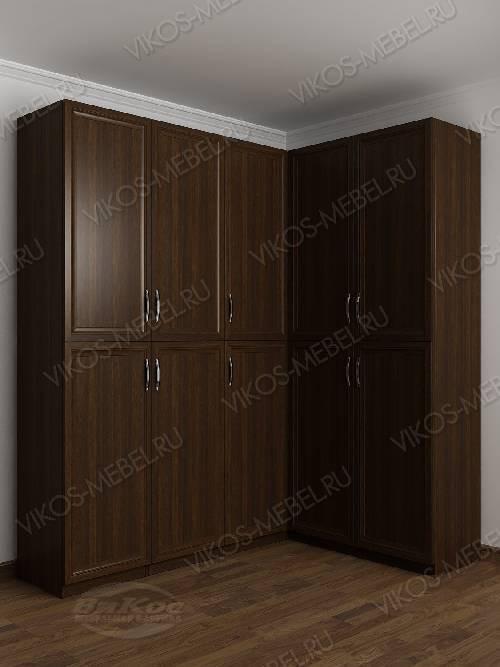 Большой шкаф угловой с распашными дверями для спальни цвета венге