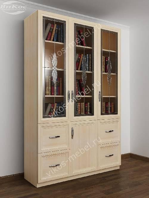 Широкий книжный шкаф со стеклянными дверцами c витражным стеклом с ящиками цвета молочный беленый дуб