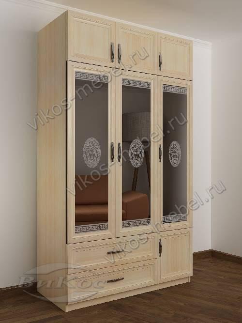 Трехстворчатый шкаф для одежды и белья с зеркалом с ящиками в спальню цвета молочный беленый дуб