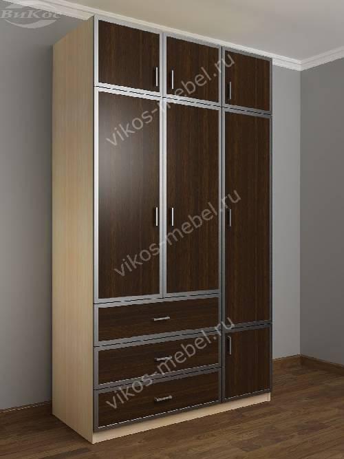 Широкий платяной шкаф с ящиками в спальню цвета беленый дуб - венге