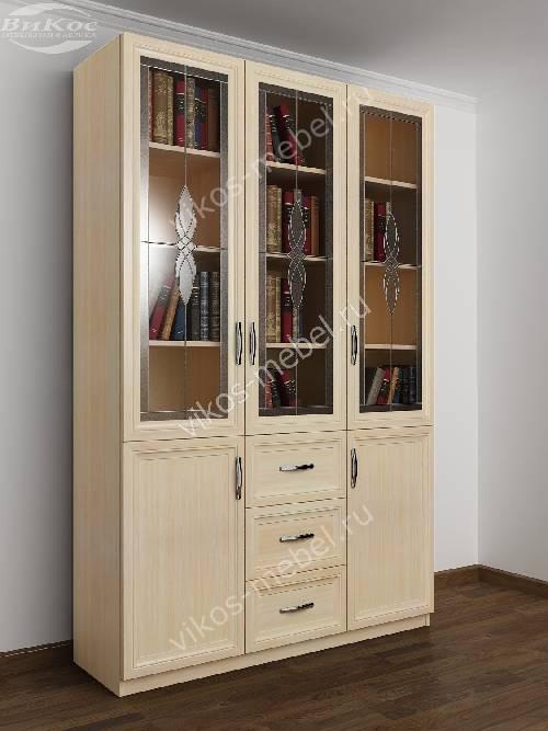 Большой книжный шкаф с витражом с выдвижными ящиками цвета молочный беленый дуб