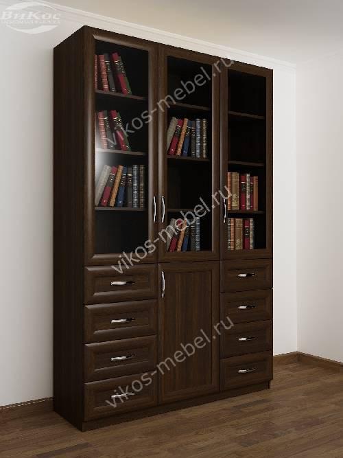 3-дверный книжный шкаф со стеклянными дверями с выдвижными ящиками цвета венге