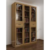 трехстворчатый книжный шкаф со стеклянными дверцами с пескоструем
