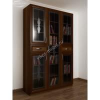 трехстворчатый книжный шкаф со стеклянными дверцами с ящиками для мелочей