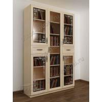 книжный шкаф со стеклянными дверцами с пескоструйным зеркалом цвета молочный беленый дуб