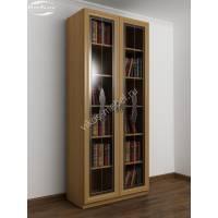 книжный шкаф с витражом цвета бук