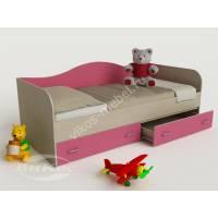 девчачая кровать в детскую розового цвета