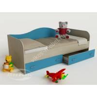 мальчуковая кровать в детскую цвета мармара голубой