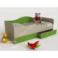 кровать в детскую с ящиками для мелочей зеленого цвета