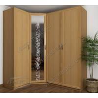 угловой шкаф с пескоструйным зеркалом в спальню