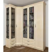 угловой шкаф для книг c витражным стеклом