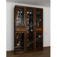 шкаф-витрина в классическом стиле цвета яблоня