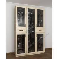 шкаф-витрина c витражным стеклом цвета молочный беленый дуб