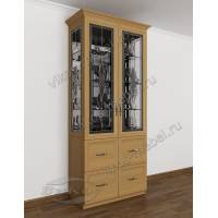 классический шкаф-витрина со стеклом сбоку