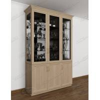 классический шкаф-витрина цвета шимо светлый