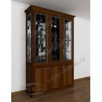 классический шкаф-витрина c витражным стеклом