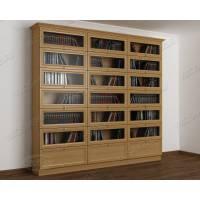 трехстворчатый книжный шкаф со стеклянными дверями цвета бук