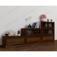широкий книжный шкаф со стеклом цвета яблоня