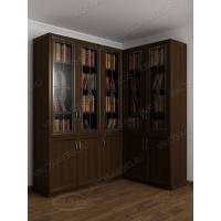 угловой шкаф для книг с витражом