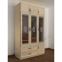 трехстворчатый шкаф для одежды и белья с зеркалом