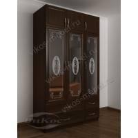 трехдверный шкаф с распашными дверями для спальни